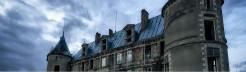 探秘欧洲废弃城堡 荒僻阴森如鬼宅