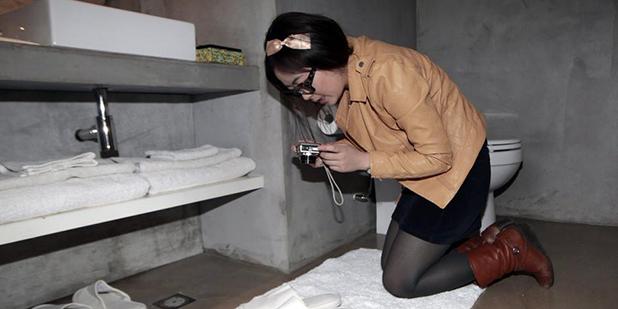 这个女人每天在酒店睡觉,月薪轻易上万