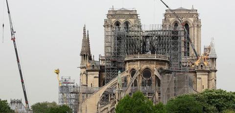 后悔为巴黎圣母院捐款多地撤销捐款